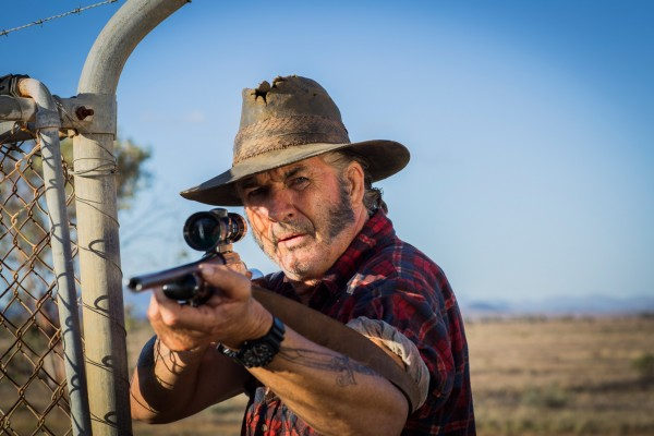 WolfCreek2_John-Jarratt-as-Mick-Taylor-with-gun-1
