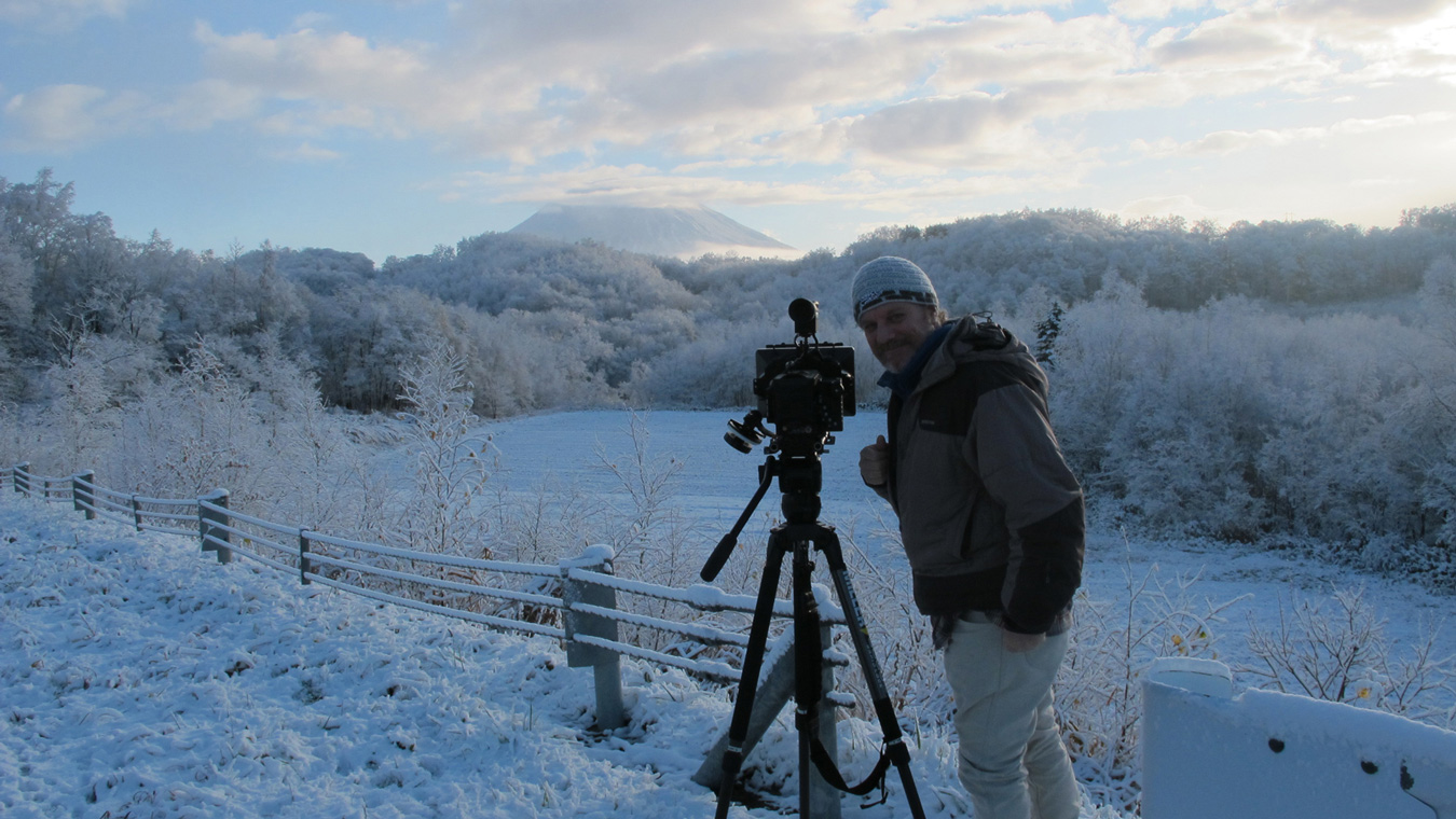 Shane Peel during the shooting of 'Snowsurf'