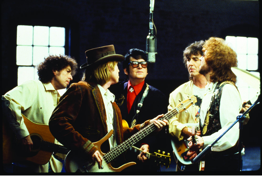 The Travelling Wilburys featuring George Harrison, Bob Dylan, Jeff Lynne, Roy Orbison, and Tom Petty (image: Warner Bros).