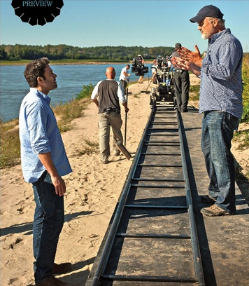 David Fincher directs Ben Affleck during the shooting of 'Gone Girl' (image: Merrick Morton)