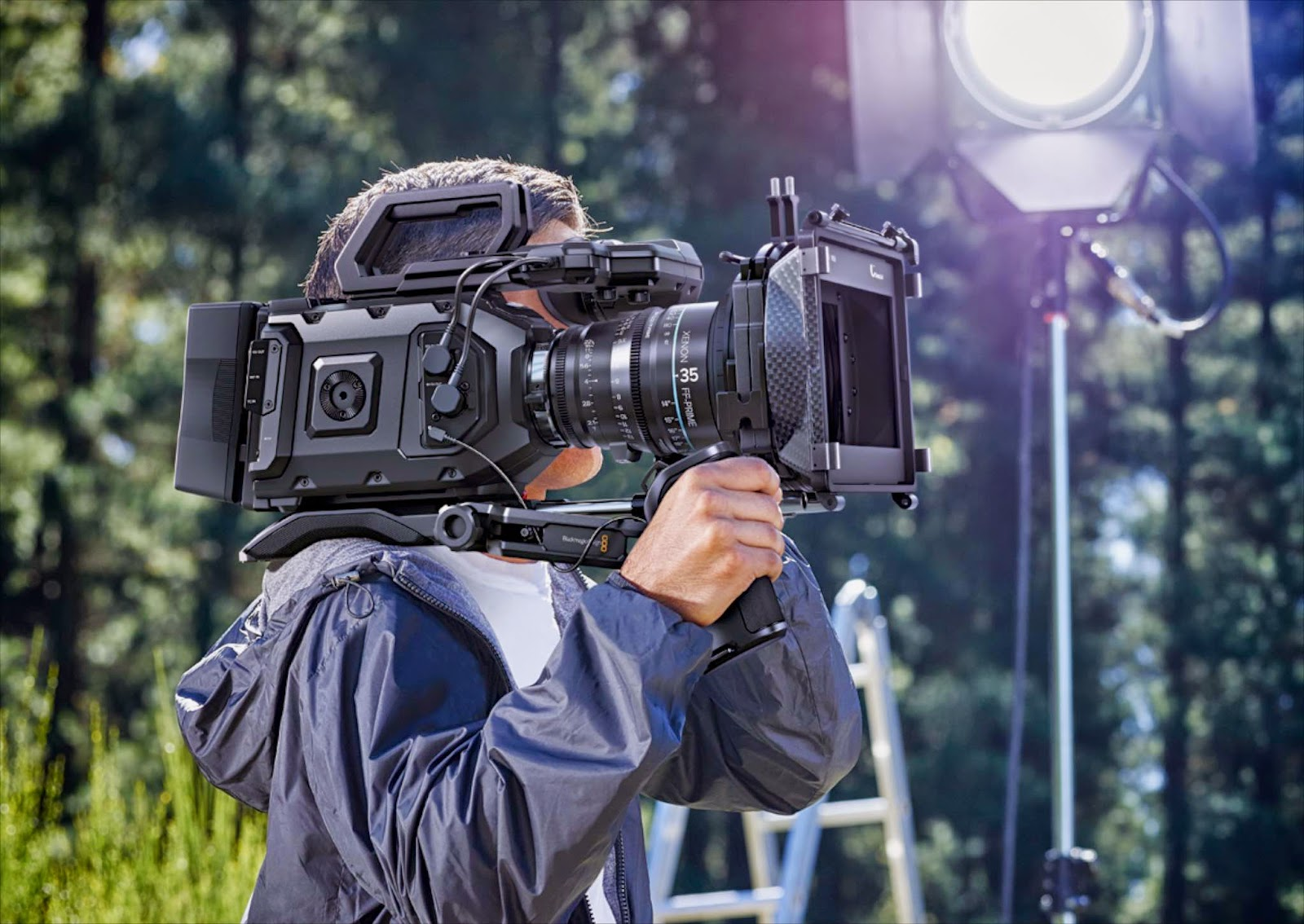Blackmagic Ursa Mini shoulder mount