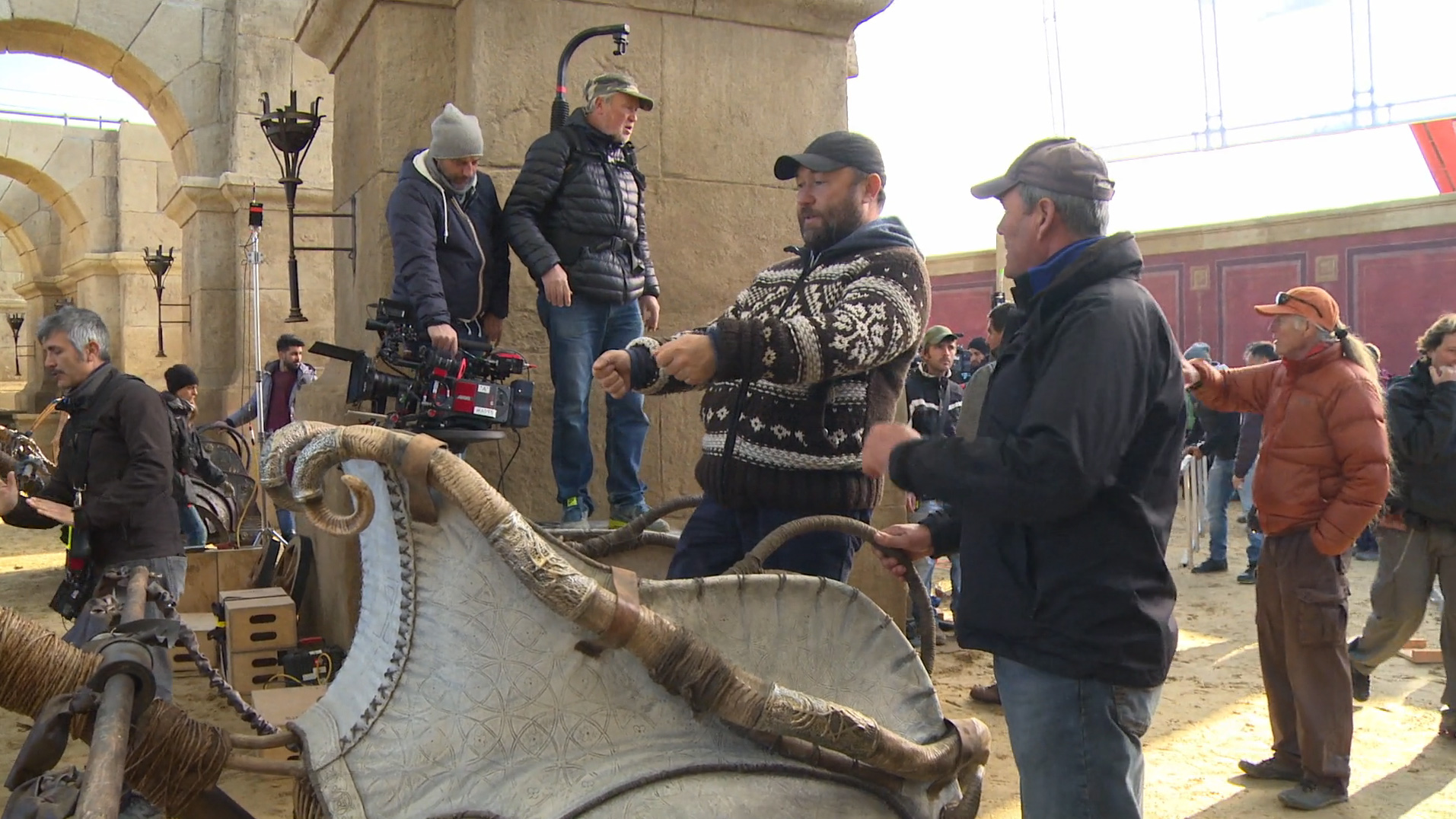Director Timur Bekmambetov chatting with the camera crew before shooting the famous chariot race.