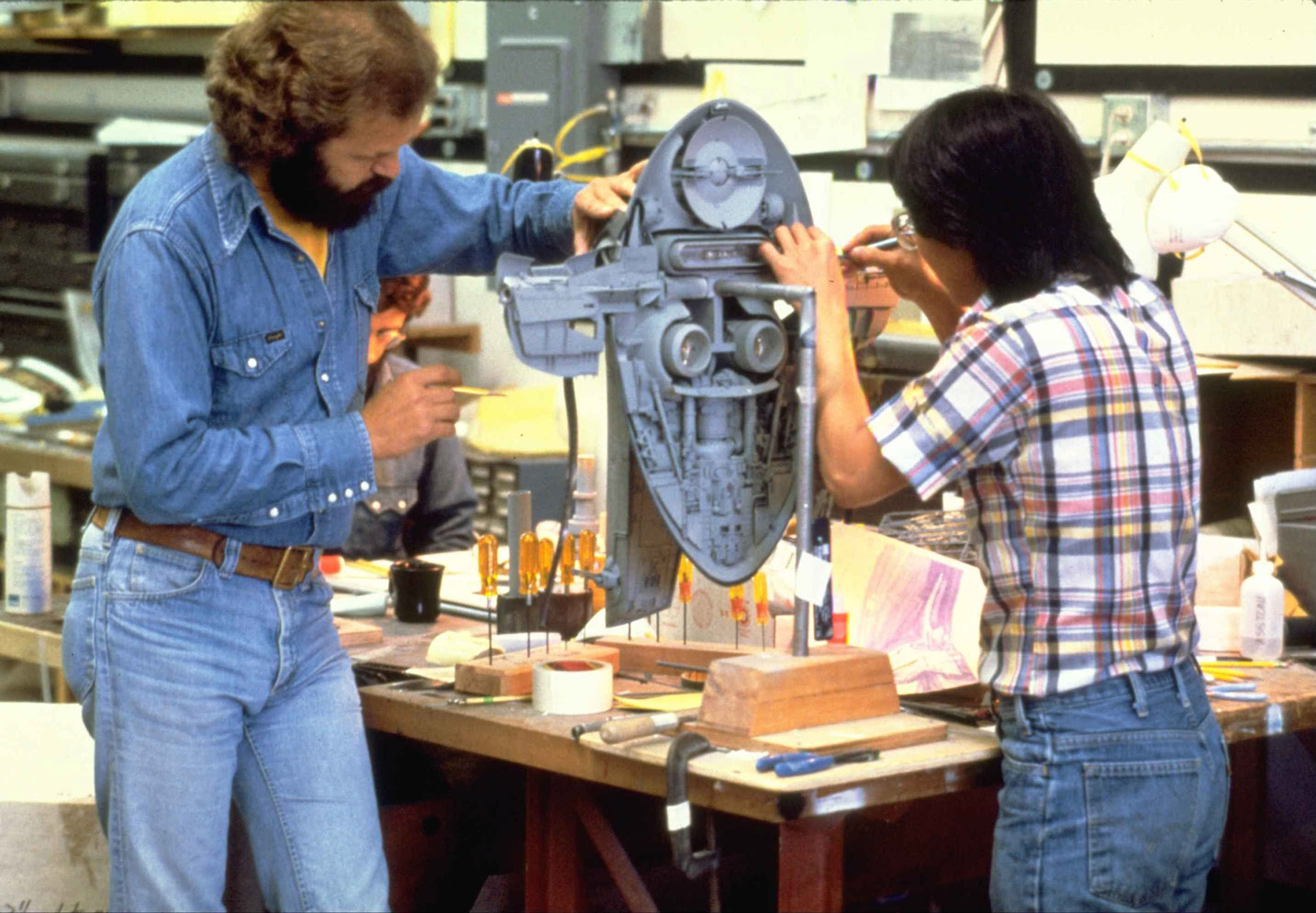 Model makers Lorne Peterson & Ease Owyeung creating Boba Fett's 'Slave I' space ship (image: LucasFilm).